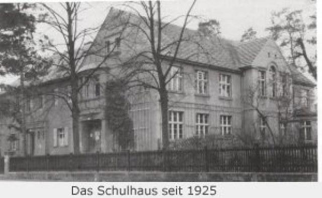 Das Schulhaus seit 1925