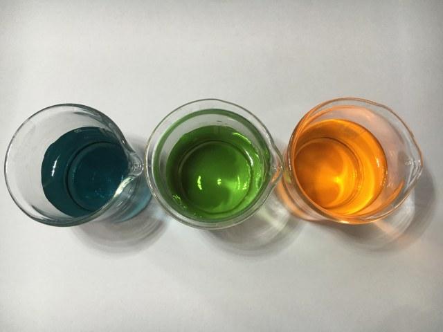 Farbe ist eine Stoffeigenschaft. Foto v. C. Behnke u. T. Walter